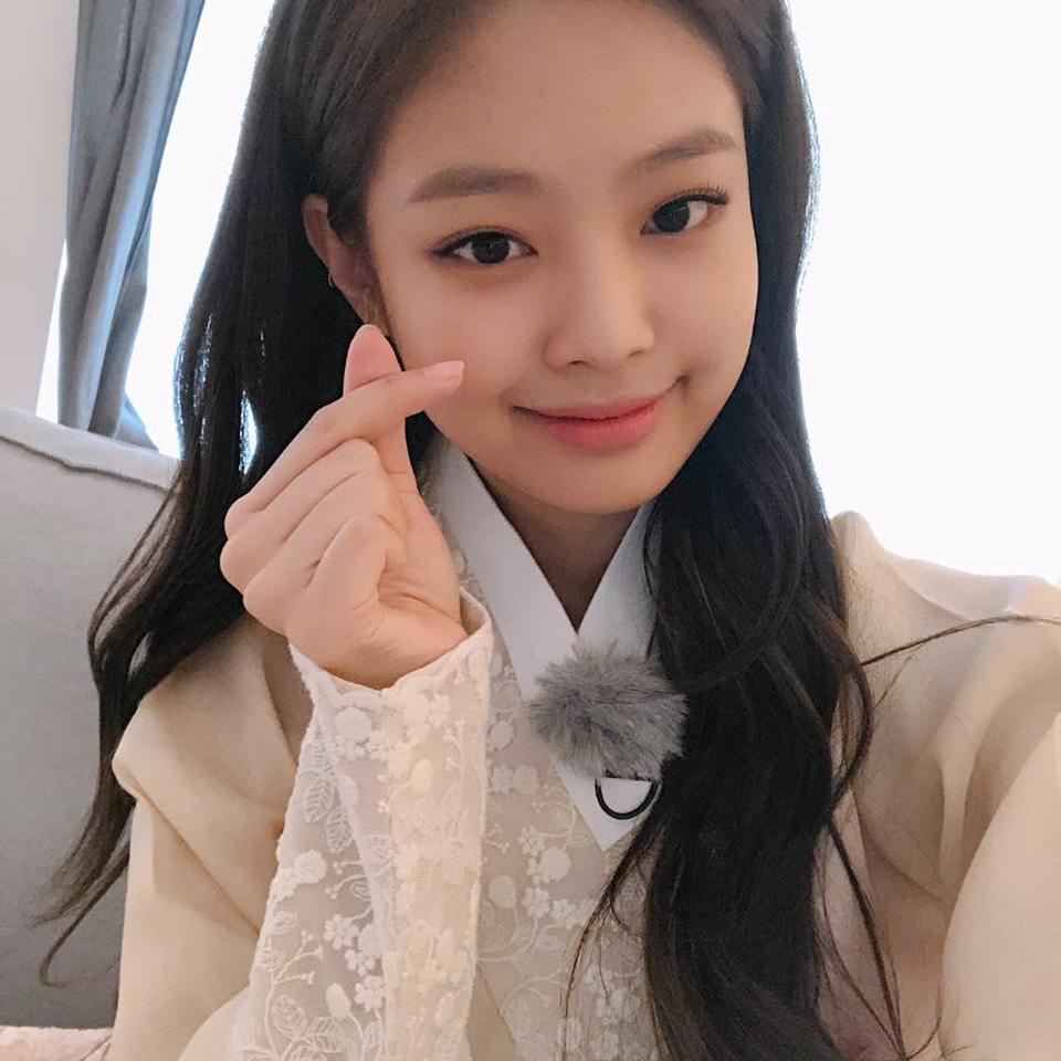 Pakai Hanbok, BLACPINK Jennie, Rose, Jisoo Dan Lisa
