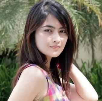 Kadek Devi